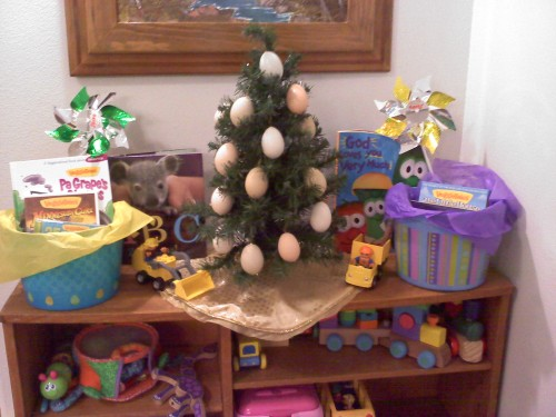 2013_03 31 Easter tree