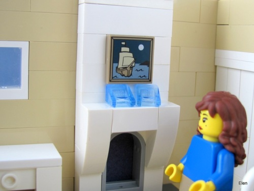 LEGO VoDT Lucy with painting