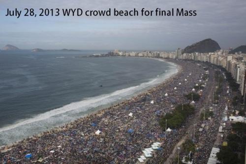 2013_07 28 WYD crowd beach for final Mass