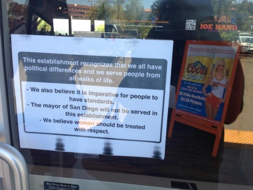 San Diego Hooters will not serve Filner 1