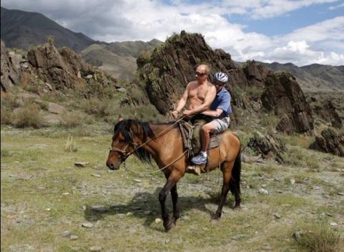 2013_09 16 Obama's Horsey Ride by BKeyser