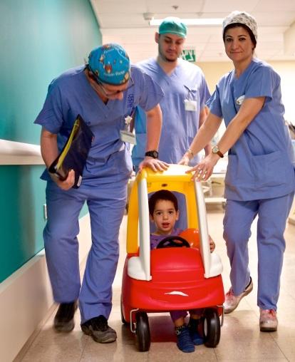 2013_12 Israeli hospital pedal car