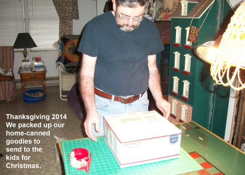 2014_11 27 D likes to pack