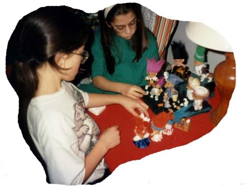 1994_12 M&K troll nativity