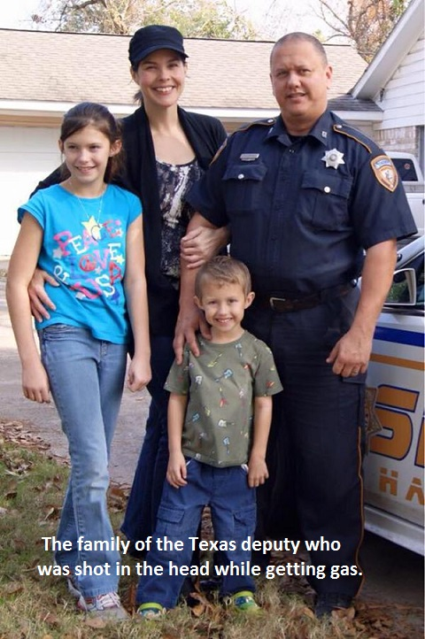 2015_09 01 Texas cop shot, family