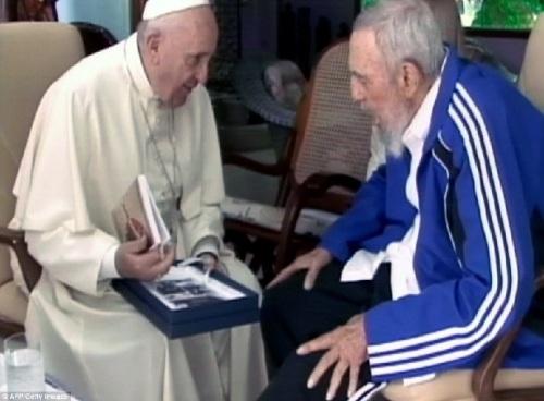 pope-francis-w-fidel-castro