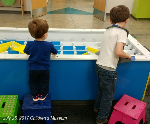 2017_07 26 Alex Walter Children's Museum water