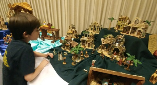 2017_12 03 Nativity display - Walter