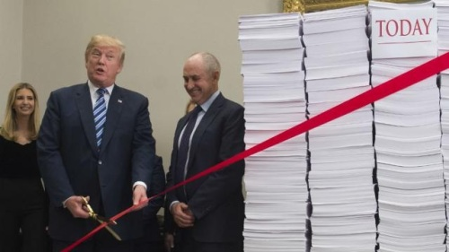 2017_12 14 Trump cutting red tape