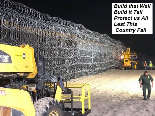 2018_11 25 Build that Wall