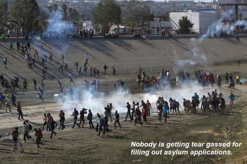 2018_11 27 No tear gas