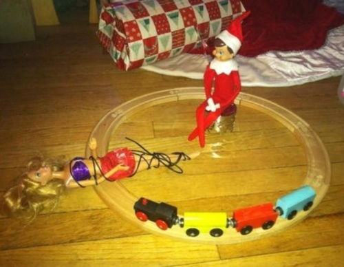 2018_12 17 Elf Barbie Train