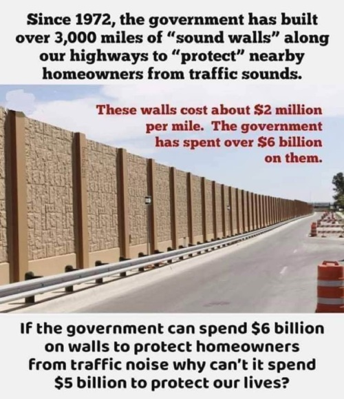 2018_12 25 Highway walls