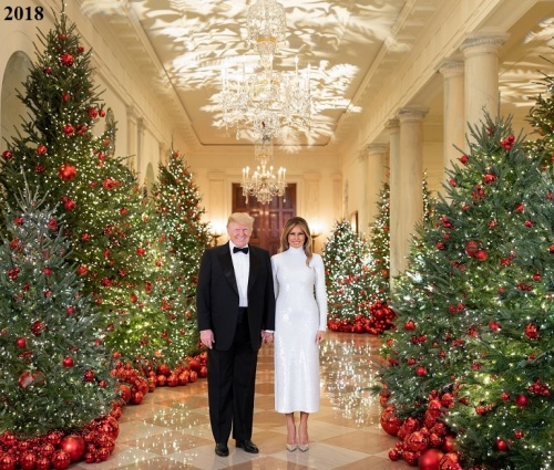 2018_12 Trump Christmas portrait