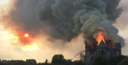 2019_04 15 Notre Dame fire 2