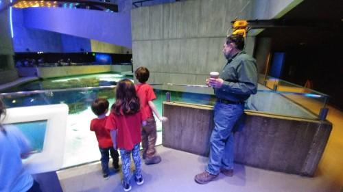 2020_01 30 Kids w Nonno Aquarium