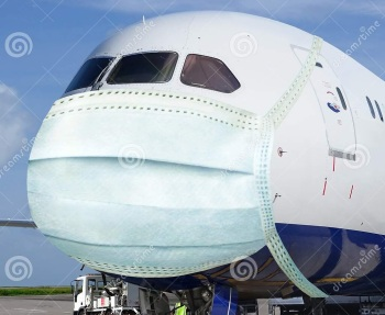 2020_08 23 virus airplane mask